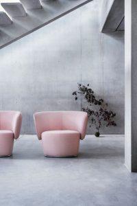 Pinker Sessel von Softline
