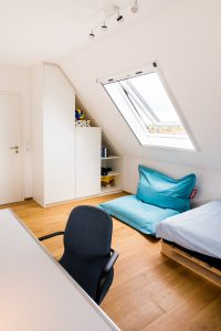 Theos Zimmer  by andy - for better moods